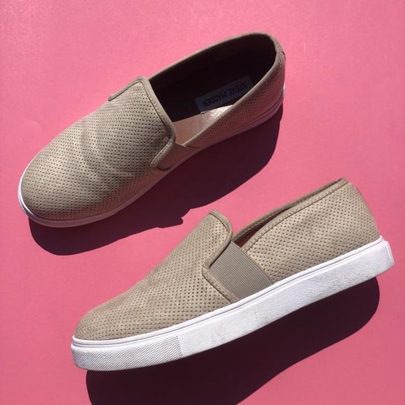 1ea540173a0 Steve Madden Genette Platform Sneaker. M 5b9022681e2d2d98b79bc9ed